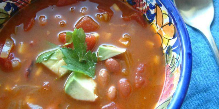 Sopa de Maiz y Frijoles